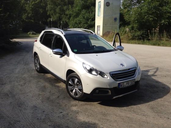 Probefahrt: Peugeot 2008 Allure e-HDi FAP 115 Perlmutt Weiß